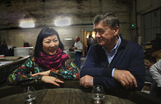 Zhanar Alibayeva et le Consul honoraire du Kazakhstan dans le Sud de la France