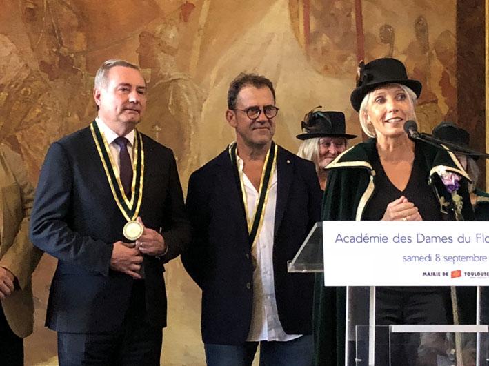 Jean-Luc Moudenc et le chef étoilé Michel Sarran rejoignent l'Académie des Dames du Floc de Gascogne